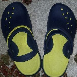 Crocs like new